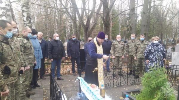 В Липецке росгвардейцы почтили память коллег, погибших при выполнении служебного долга