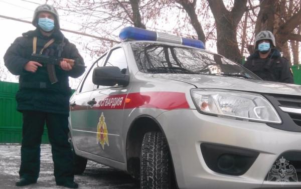 В Липецке сотрудники вневедомственной охраны Росгвардии предотвратили кражу с охраняемого объекта